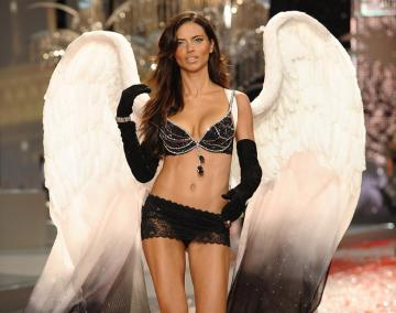 victoria-secret-fantasy-bras-black diamonds